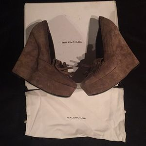 Balenciaga Suede Taupe Shoes Box & Bag Included